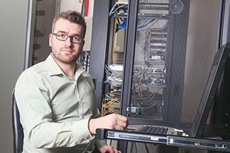 a-brick-nj-computer-repair-technician
